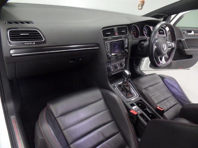 2018 VOLKSWAGEN Golf VII GTi 2.0 TSI DSG