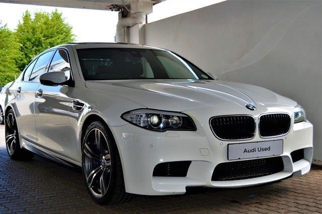 2013 BMW M5 (F10)
