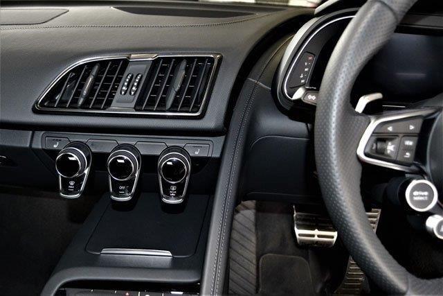 2018 AUDI R8 5.2 FSi QUATTRO S TRONIC (PLUS)