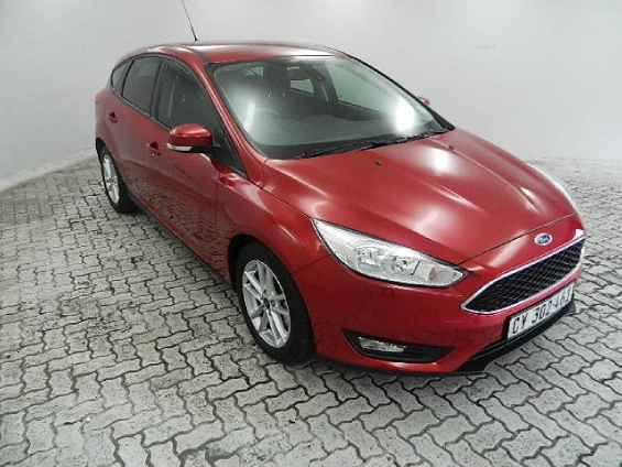 FORD FOCUS 1.5 ECOBOOST TREND A/T