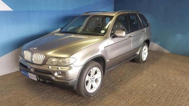 BMW X5 4.4 A/T