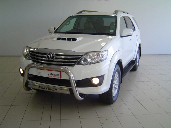 TOYOTA FORTUNER 3.0D-4D 4X4 (2011-9) - (2016-12)