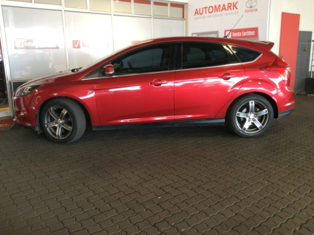 2012 FORD FOCUS 2.0 GDi TREND 5DR