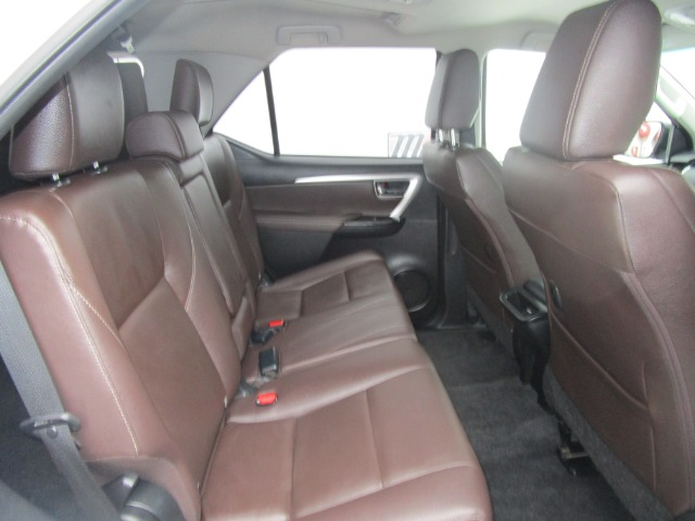 2018 TOYOTA FORTUNER 2.4GD-6 R/B A/T