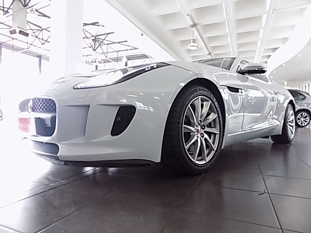 2017 JAGUAR F-TYPE 3.0 V6 COUPE