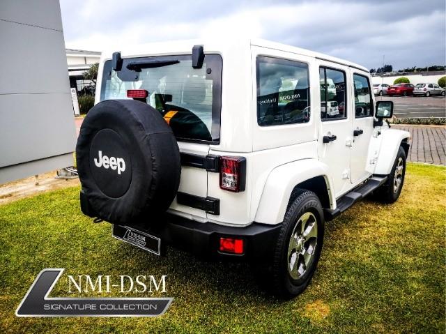 2019 JEEP Wrangler UNLTD SAHARA 3.6L V6 A/T