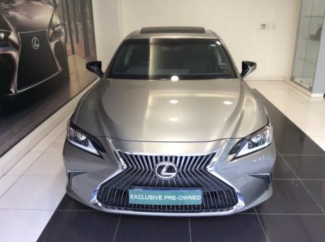 2019 LEXUS ES 250 EX