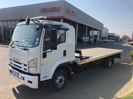 2019 ISUZU FRR 550 F/C C/C