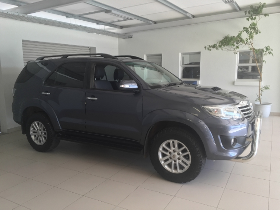 TOYOTA FORTUNER 3.0D-4D R/B  (2011-9) - (2016-12)