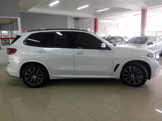 2019 BMW X5 xDRIVE30d M SPORT (G05)