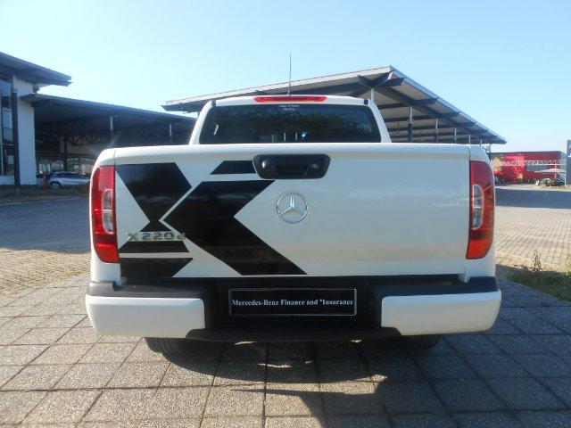 2018 MERCEDES-BENZ X220d PROGRESSIVE